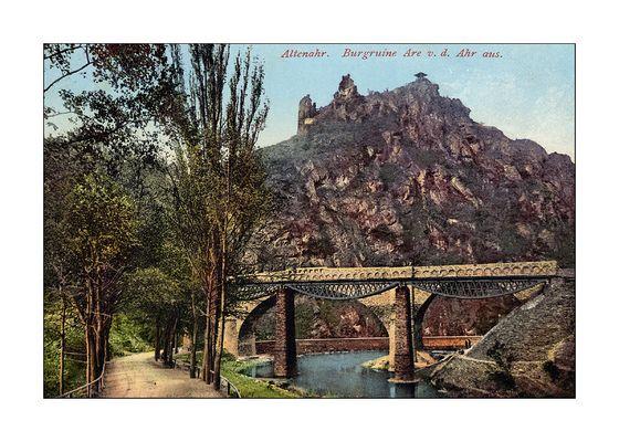 Eisenbahnbrücken vor Altenahr (nach 1912).