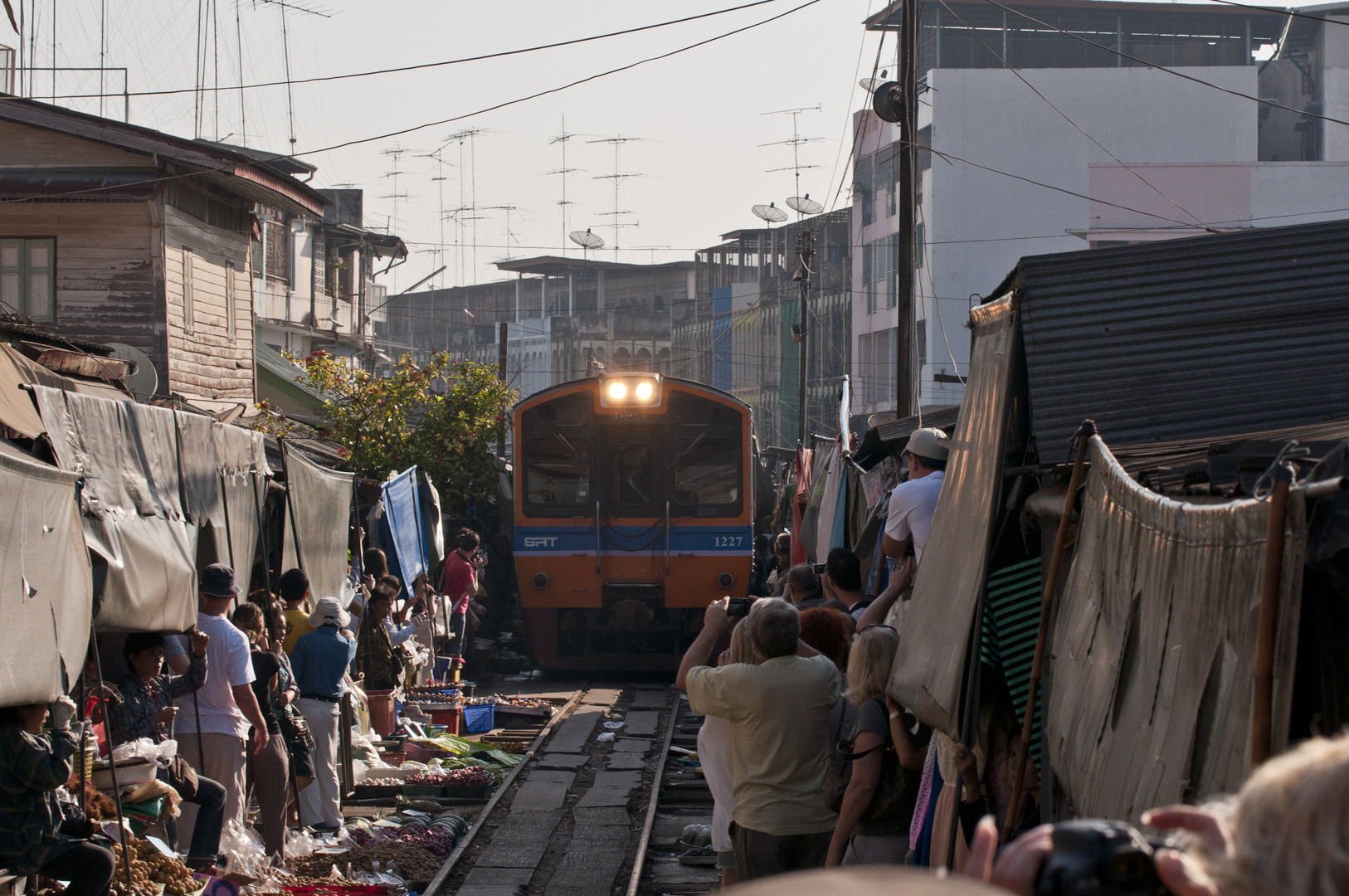 Eisenbahnmarkt Maeklong