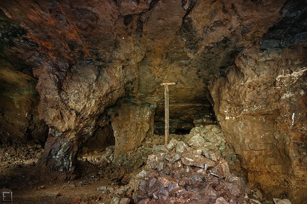 Eisenstein-Bergbau