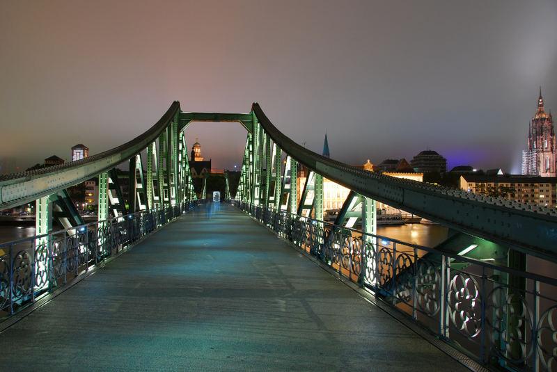 Eiserner Steeg bei Nacht