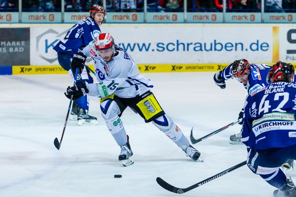 Eishockey - DEL - Iserlohn Roosters - Grizzlys Wolfsburg 10/13