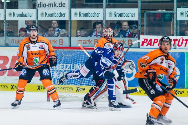 Eishockey - DEL - Iserlohn Roosters - Grizzlys Wolfsburg 1/13