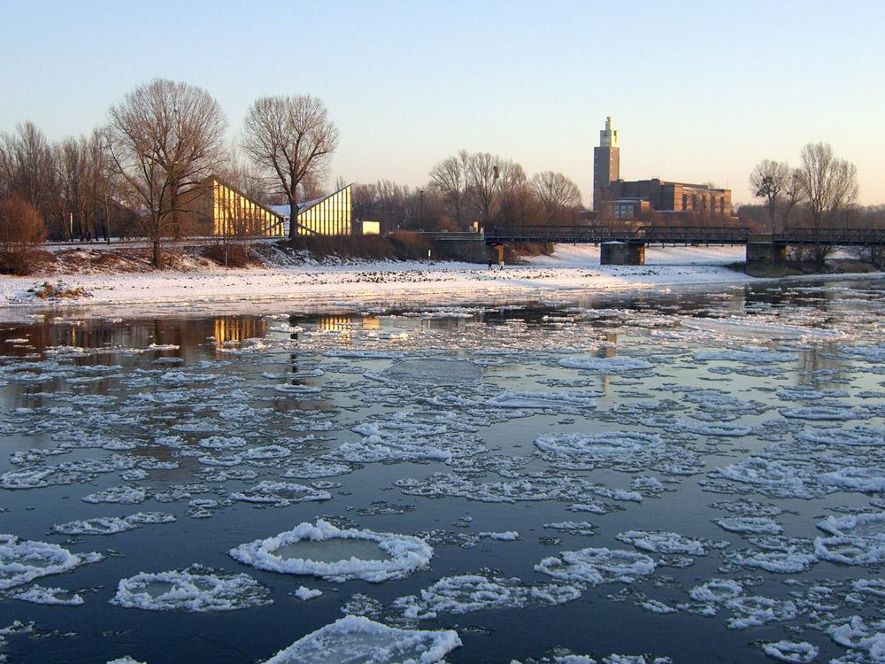 Eisig an der Elbe ii