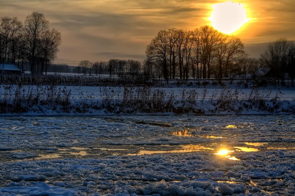 --- Eiskanal ---