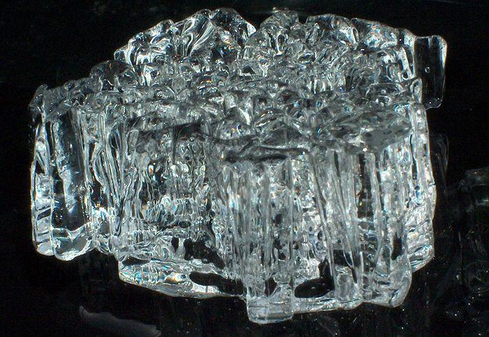 Eiskristalle beim Auftauen