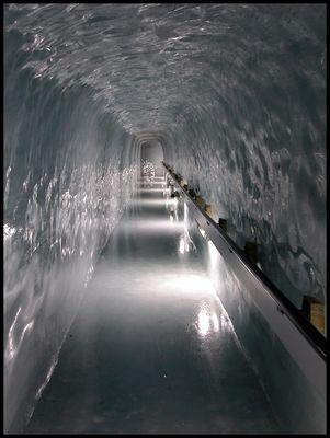 Eispalast auf dem Jungfraujoch...