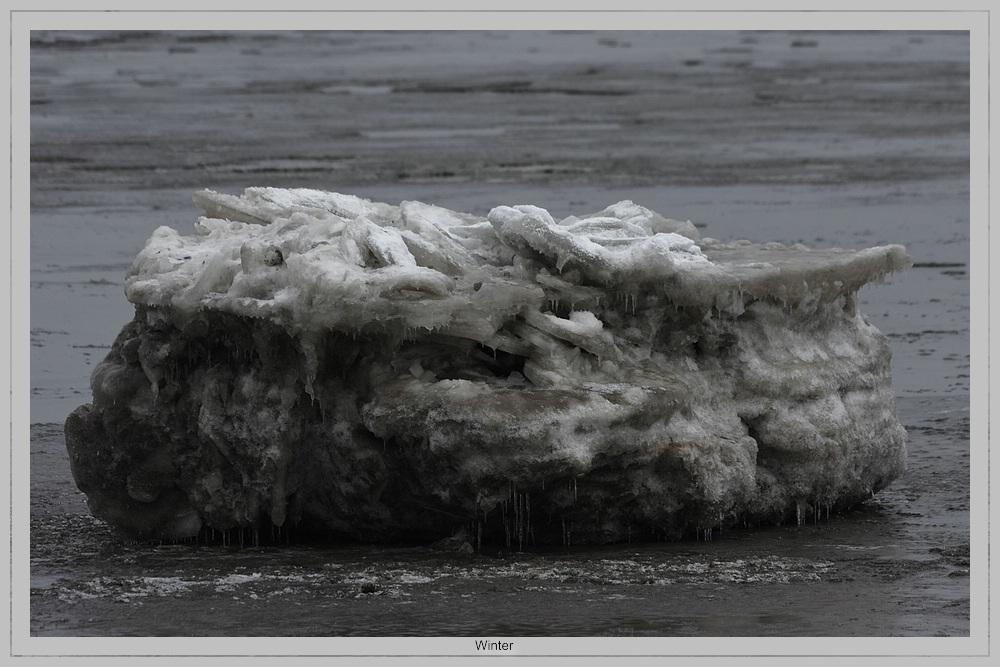 Eisschichen aus dem Meer