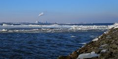 Eisschollen vor Wilhelmshaven