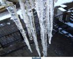 Eiszapfen-Gefahr von oben