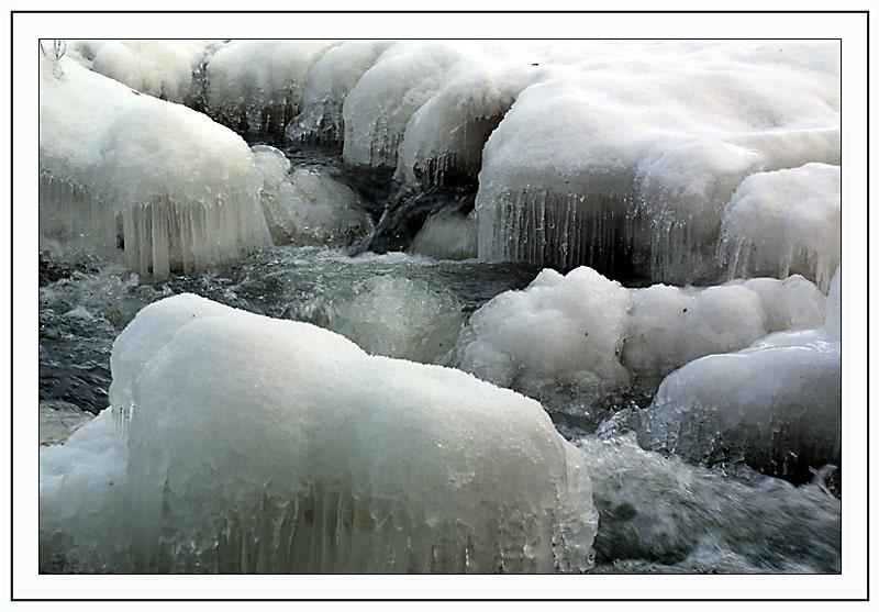 Eiszapfen in der kleinen Ysper/NÖ