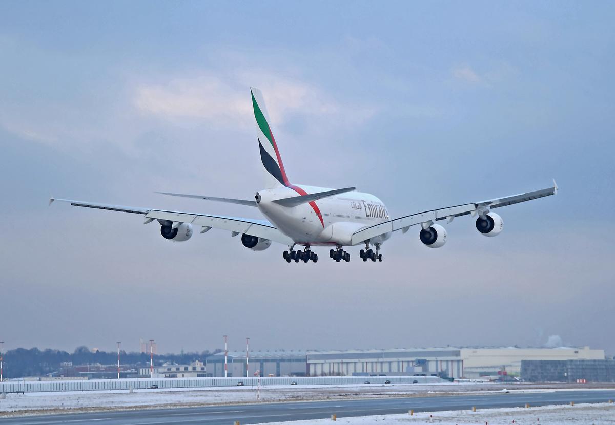EK A380 #08 A6-EDH