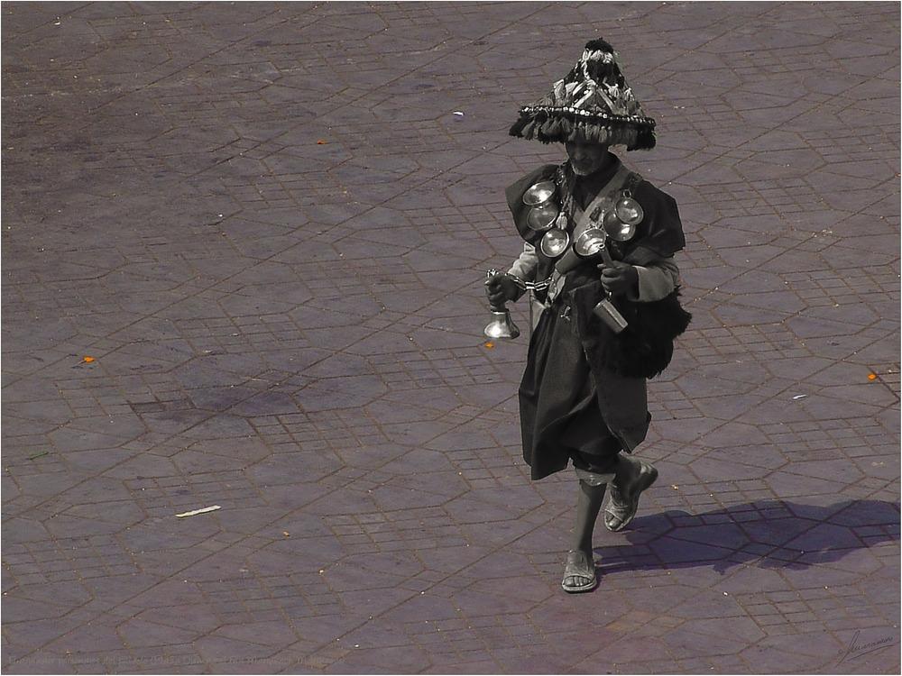 El aguador personajes del pasado (Plaza Djemaa el Fna Marrakech Marruecos)