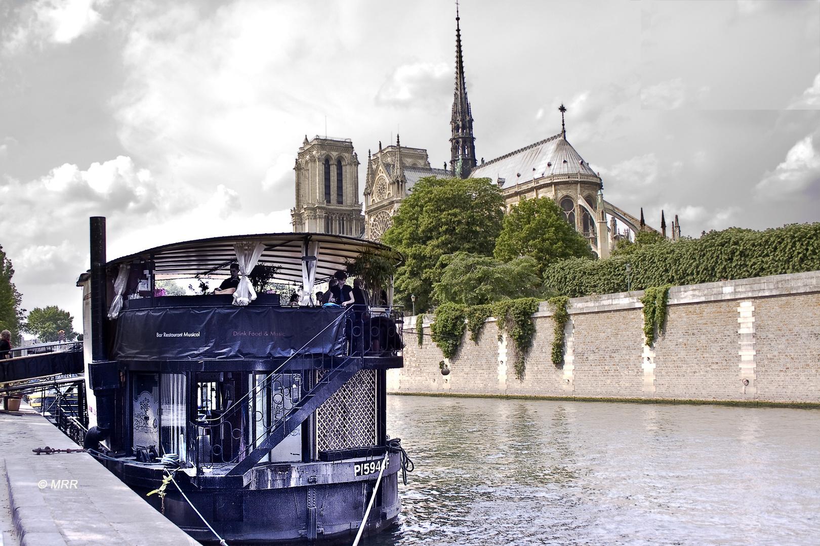 El bateau del Sena
