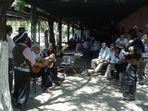 el cantor y su público en el circulo criollo el rodeo ,  Argentina