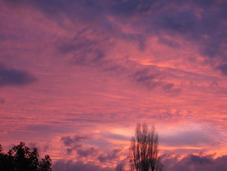 el cielo nuboso