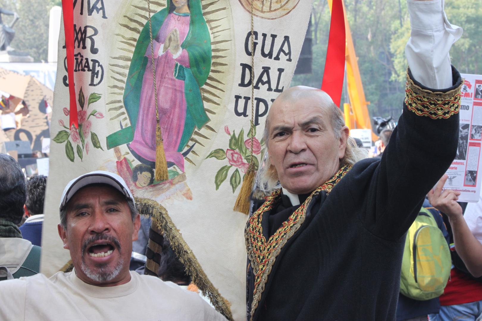 EL CURA HIDALGO, EN PLENO SIGLO XX1, AUN LUCHANDO POR ABOLIR LA ESCLAVITUD EN MEXICO.