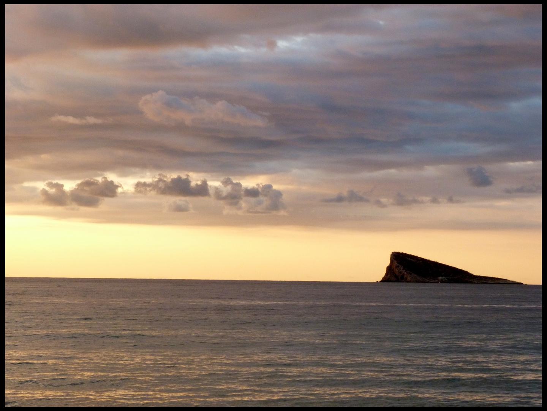 El islote de Benidorm.