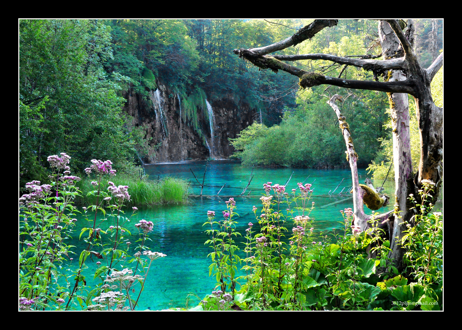 El lago de las esmeraldas