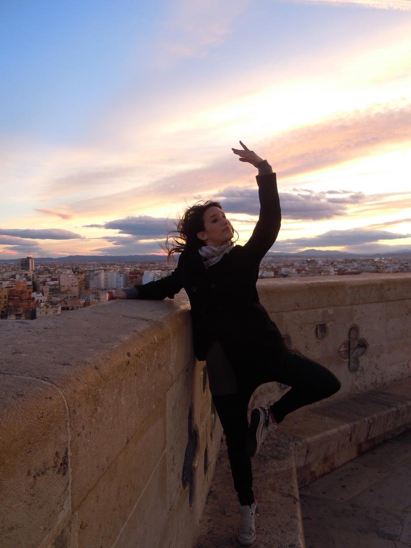 El Miguelete de Valencia con Naty Bailando para Valencia