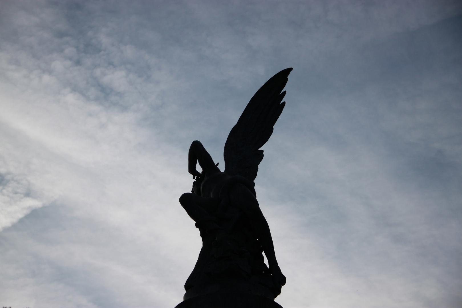 El Ángel Caído. Fallen Angel. Jardines del Buen Retiro. 3