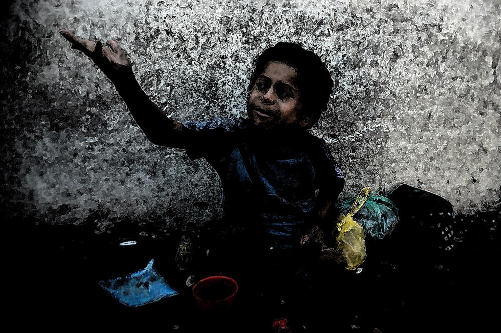 El niño del cuadro salvadoreño