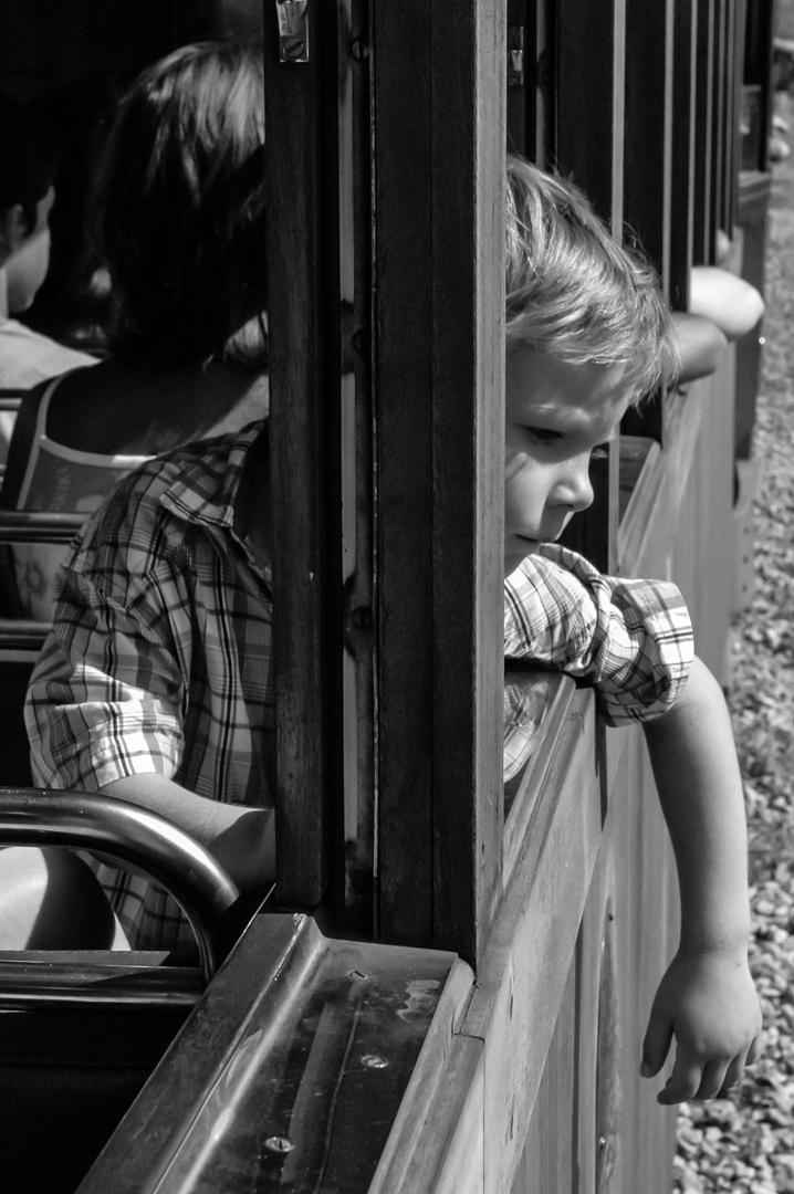 El niño y el tren