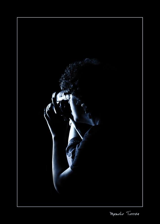 El perfil de un joven fotógrafo (Para Miguel Ángel y Alex Sotillos)