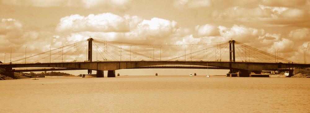 -el puente de mi ciudad-