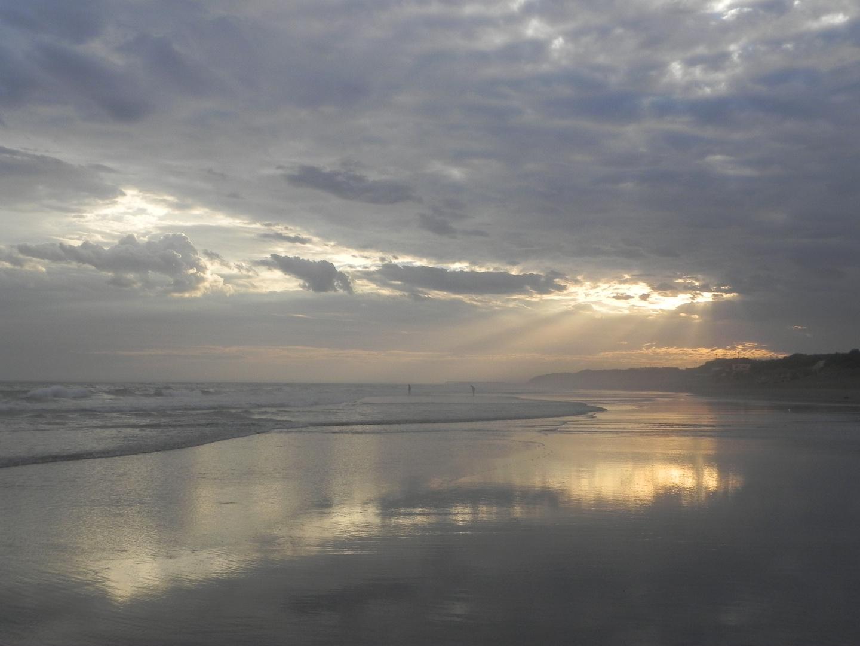 el sol siempre esta,necochea,argentina