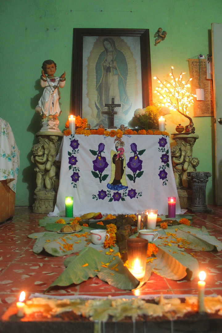 El tradicional altar de Muertos de Tabasco, México.