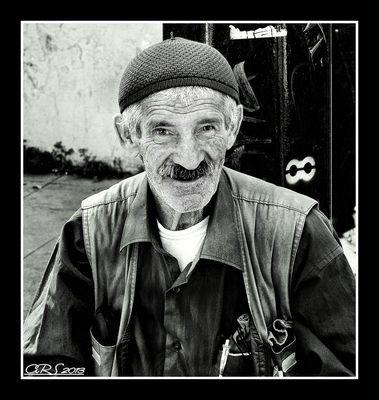 El vendedor de pulseras (Personajes de la calle I)