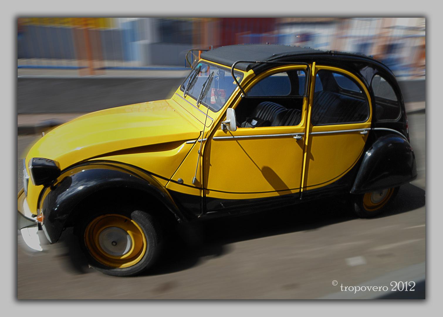 El viejo coche veloz