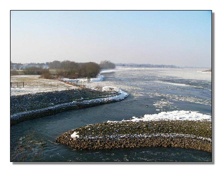 Elbe bei Gesthacht  im Winter
