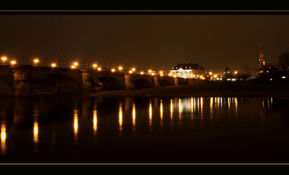 Elbe bei Nacht