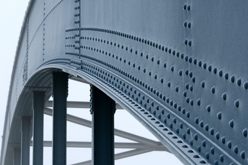 Elbe - Brücke Detail