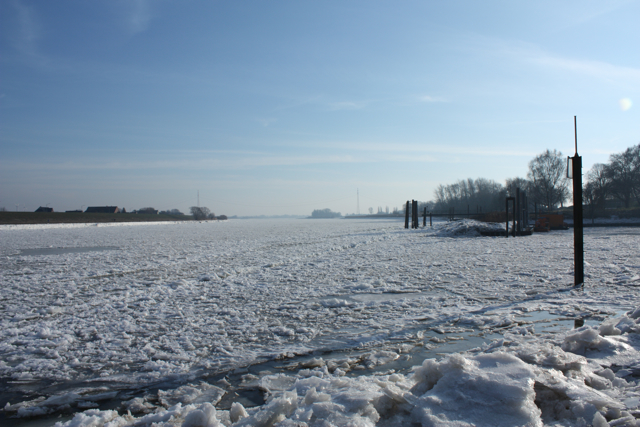 Elbe im Eis