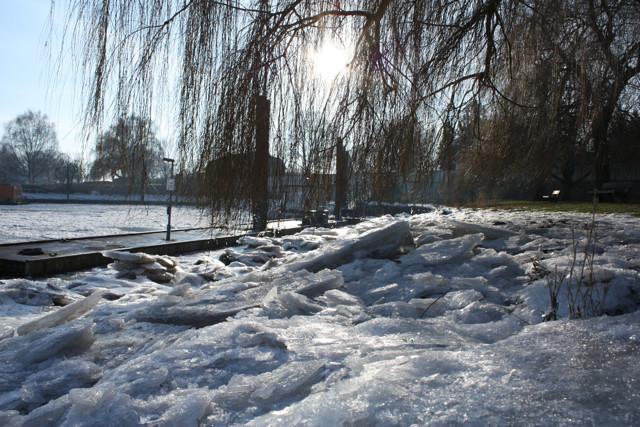Elbe im Wnter