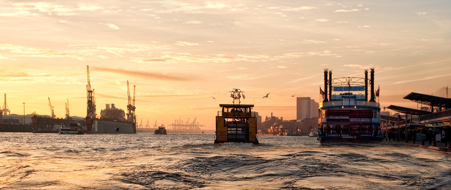 Elbe, zum Sonnenuntergang