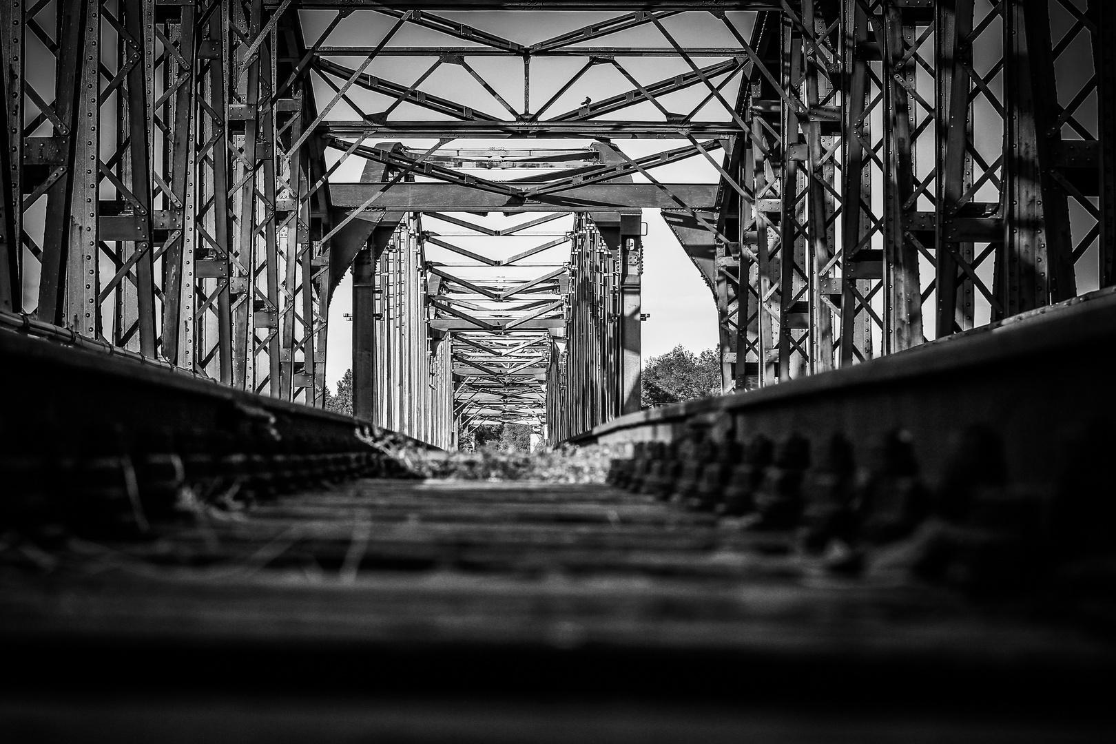 Elbebrücke Barby