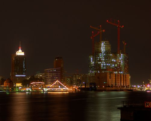Elbphilharmonie & HTC Hamburg