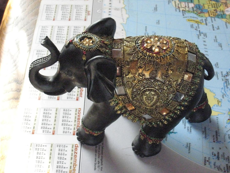 Elefant geschmückt