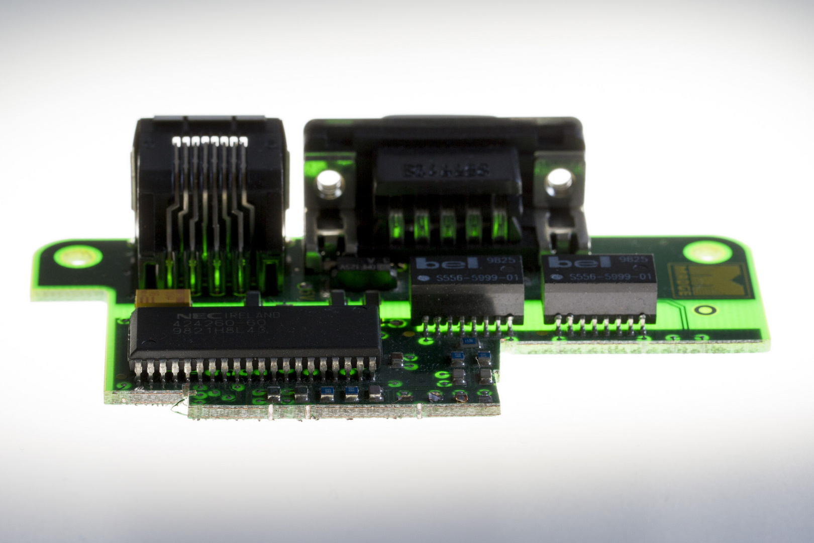 Elektronikbauteil 1