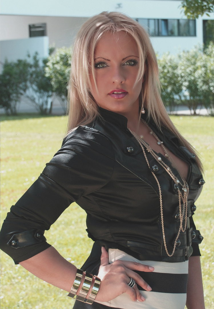Elena 31