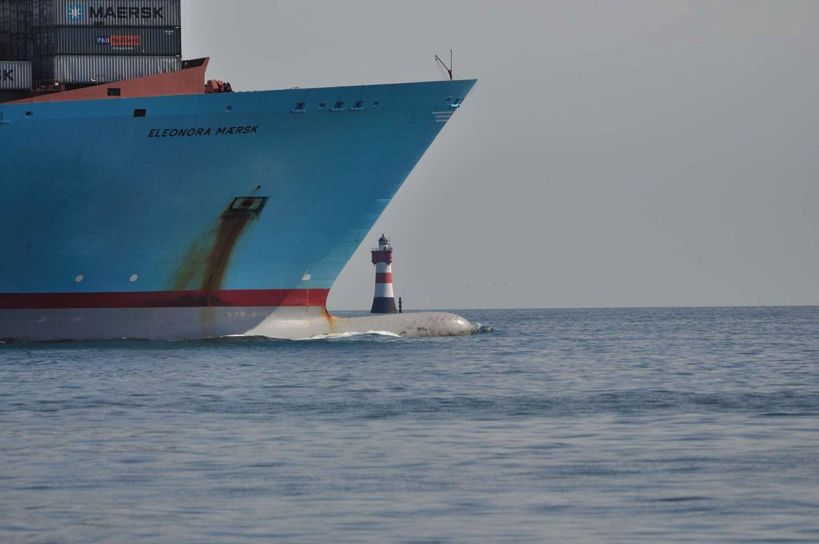 Eleonora Maersk trifft Roter Sand