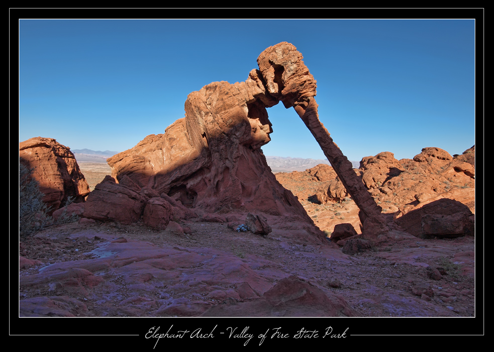 Elephant Arch - Valley of Fire