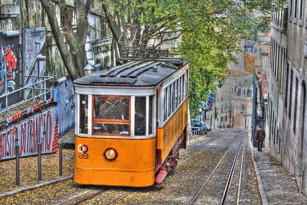 Elevador da Glória, Lissabon (HDR)