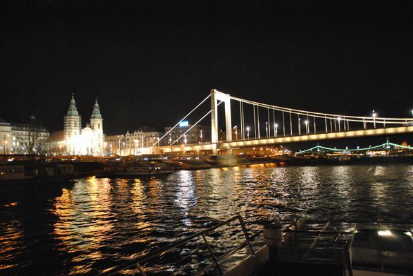 Elisabeth Bridge (Erzsebet hid)
