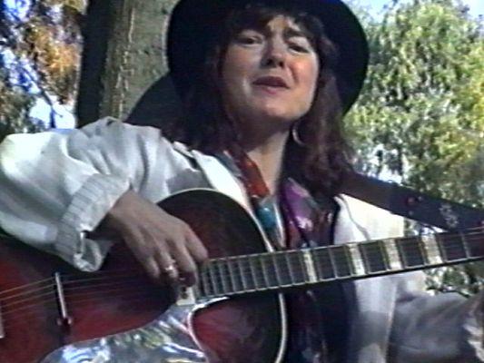 Elke Anita Dewitt (3)