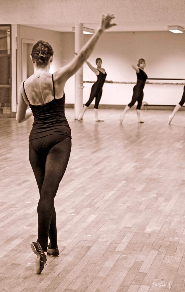 elle danse, marie, elle danse....