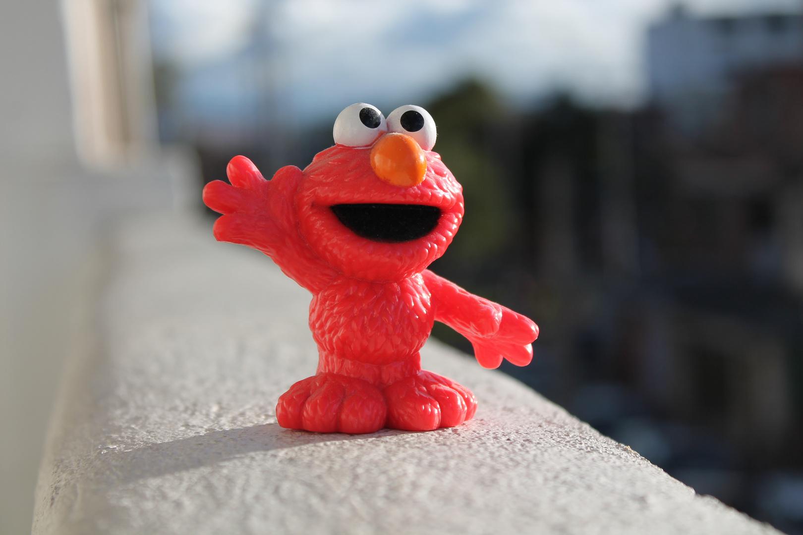 Elmo Saluda